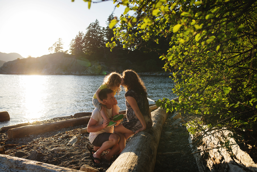 vancouver-family-photographer-whytecliff026