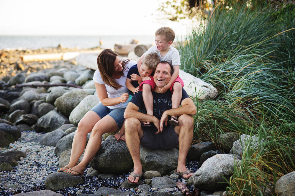 vancouver-family-photographer-beach018
