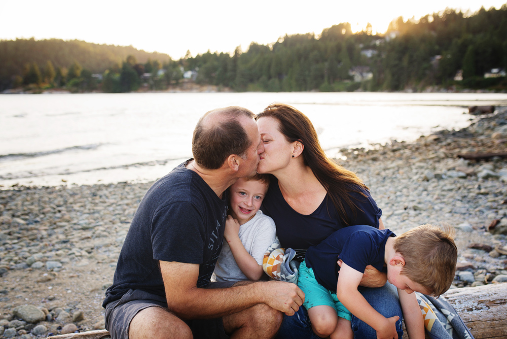 vancouver-family-photographer-beach034