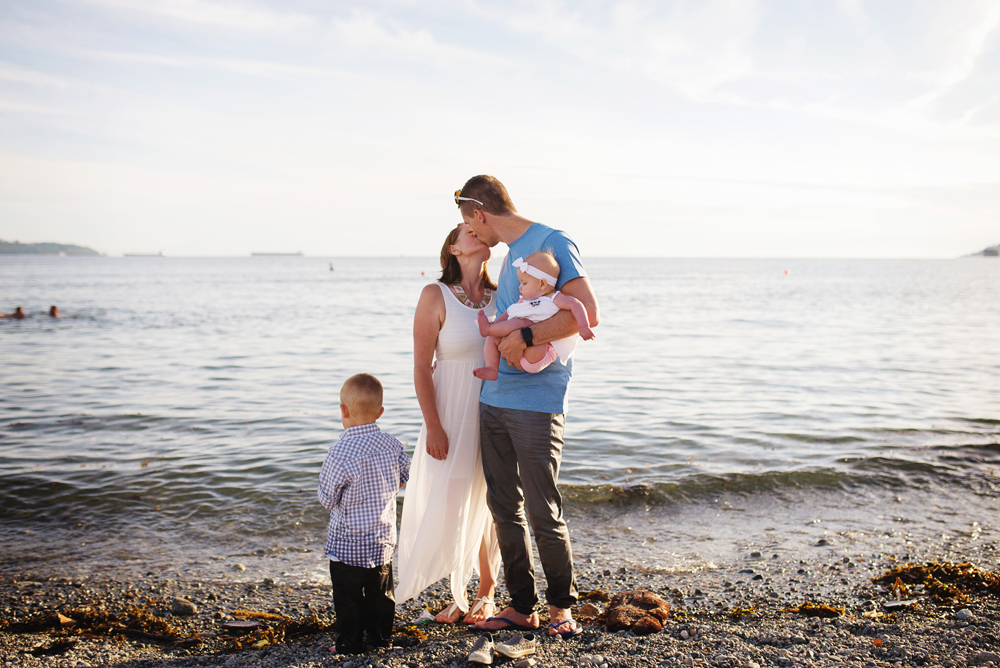 vancouver-family-photographer-dundarave011