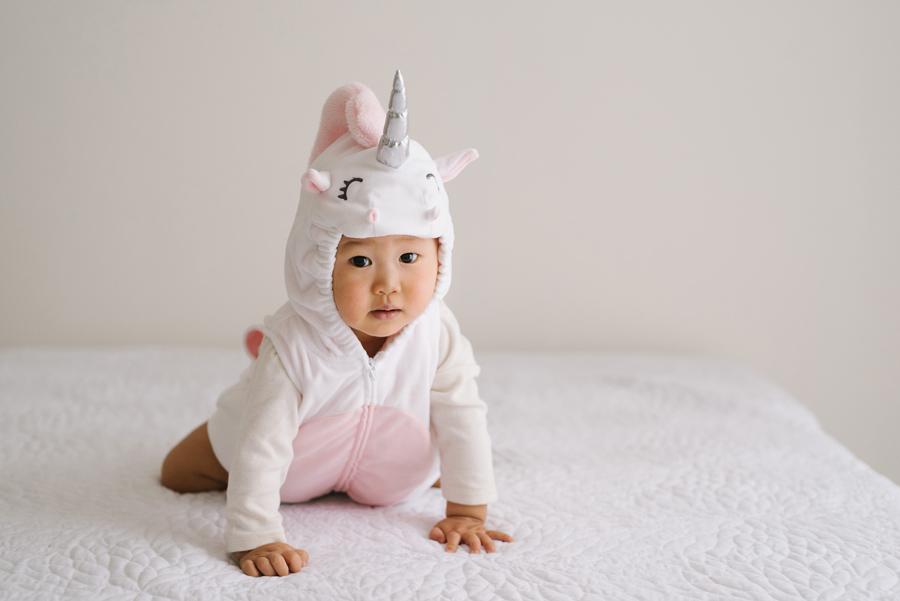 baby photographer vancouver family phtography studio